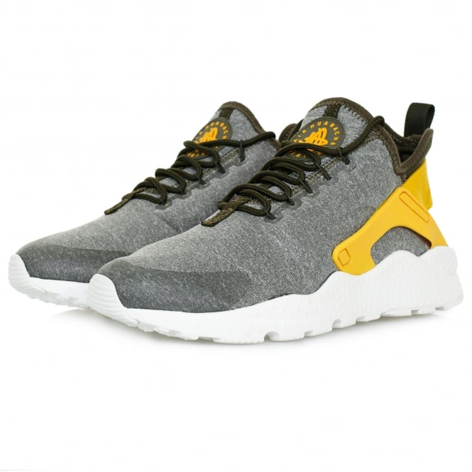 bf06c5bc4bb4 Find every shop in the world selling nike huarache 4 at PricePi.com ...