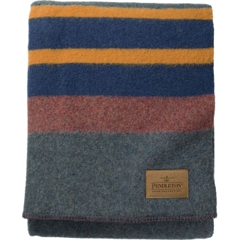 Lake Yakima Twin Camp Blanket